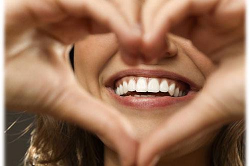 La soie dentaire cliniquedentairecarriere.com