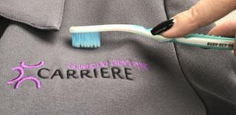 Éliminer les taches sur les vêtements